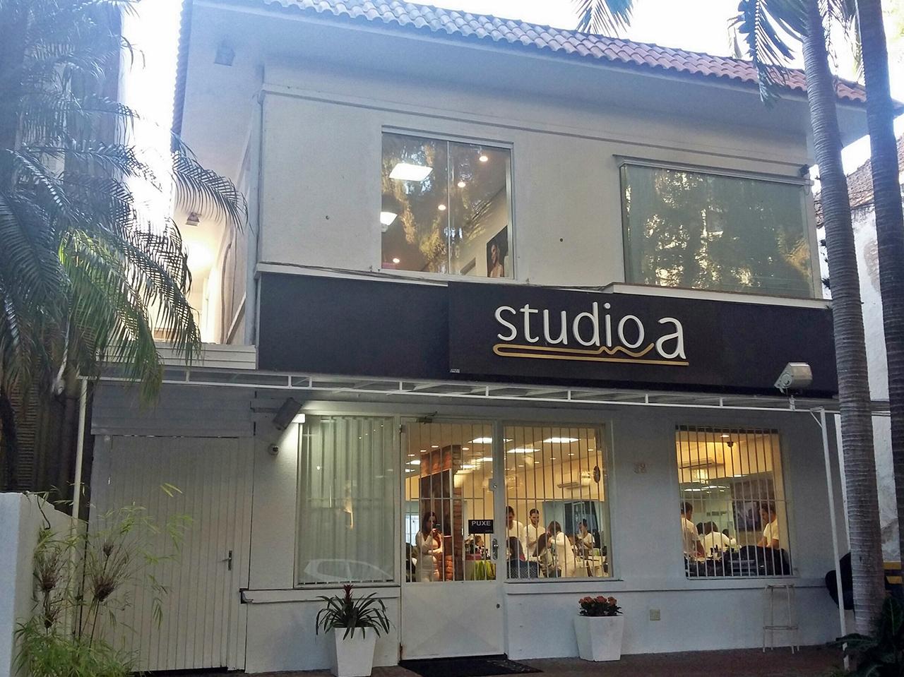 STUDIO A MOINHOS - Rua Ten. Coronel Fabrício Pilar, 52 – Moinhos – 3018.1802
